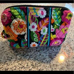 Vera Bradley Make Up Bag (Like NEW!)
